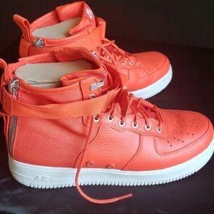 Nike AF SF1 mid